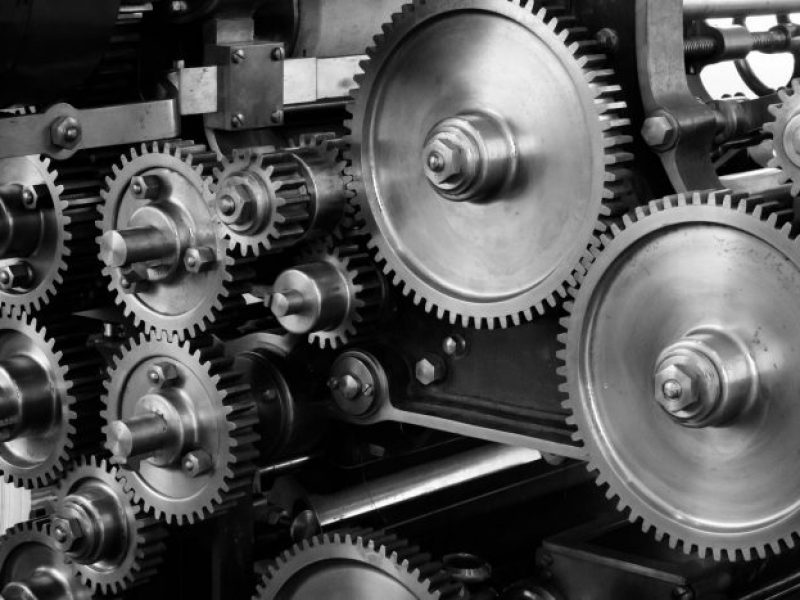 gears-cogs-machine-machinery-159298-700x467-1